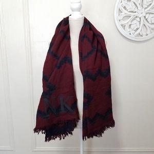 Wilfred 100% wool oversized scarf